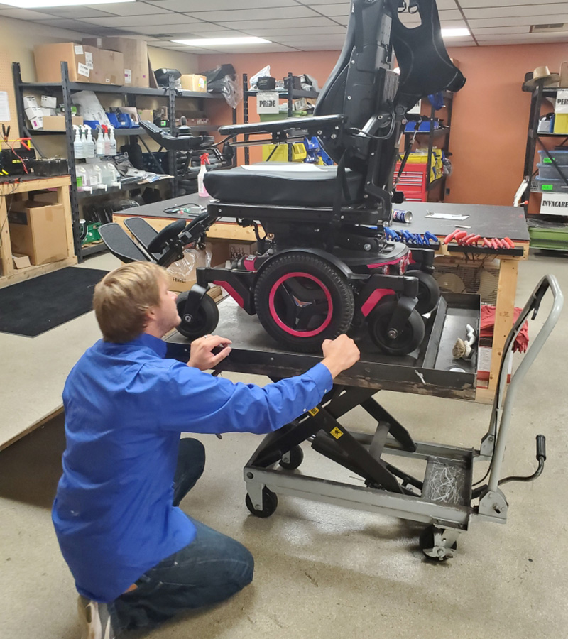 Amigo service tech rehab chair