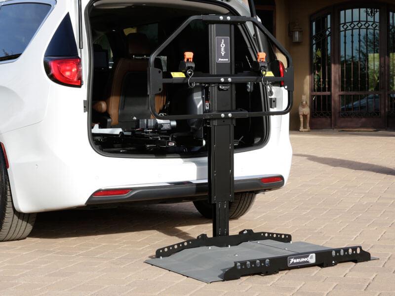 Bruno joey platform vehicle lift